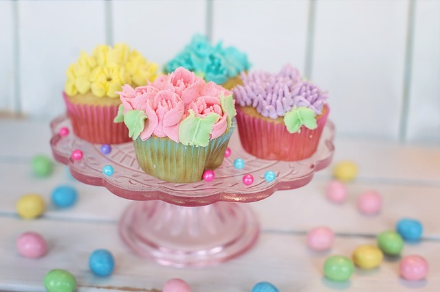 Cupcake Stand and Easter Eggs Table Decoration